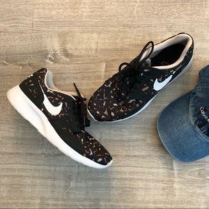 Nike Cheetah Print Roshe